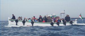 Ausbooten eines Fährschiffes auf Helgoland