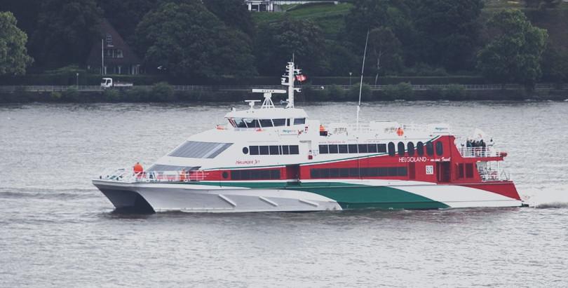 Von wo aus fahren Fähren nach Helgoland?